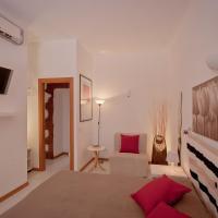 Opera Inn Suites B&B and Apartments