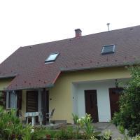 Guest houses, Leander Ház 21