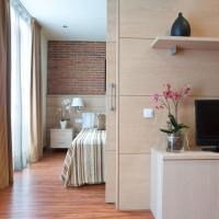 Arc de Triomf Apartments