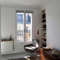 Modern Studio In Paris With Balcony