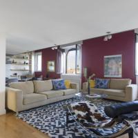 Six-Bedroom on Lungotevere degli Altoviti Apt 19