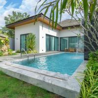 Luxury 3 Bedroom Villa CoCo