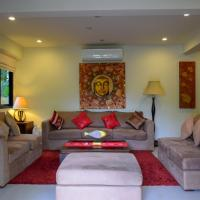 Spacious Apartment by Nai Harn Beach