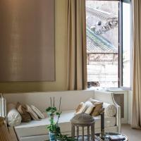 Luxurious loft facing the Pantheon