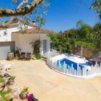 Tossa de Mar Villa Sleeps 8 Pool