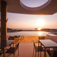 Stunning Seaview Plungepool Jacuzzi luxury Flat