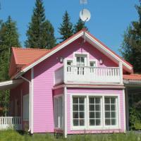 Коттедж в Финляндии, Enonkoski (розовый)