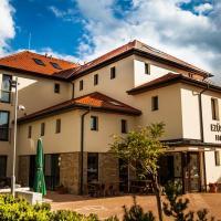 Hotels, Ezüsthid Hotel