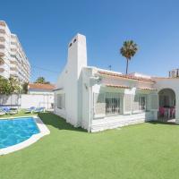 Splendid villa near the beach