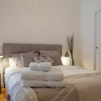 Trendy and Modern 4 Bed / 2Bath Apt in Salamanca