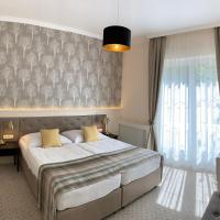 Hotels, Villa Medici Hotel & Restaurant