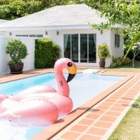 Baan Promphun Pool Villa by BV