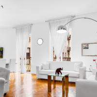 Exclusive 3 bedrooms apartment near Duomo