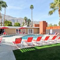 Bearfoot Inn - Clothing Optional Hotel for Gay Men, Palm Springs