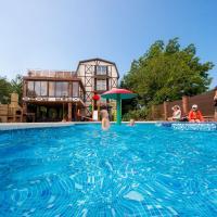 Дом для отпуска С 2 бассейнами