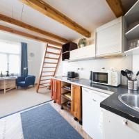 Apartamenty, Jan's Modern & Cosy Studio in Karlin