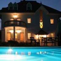Villas, Holiday Home - Villa Neitzer