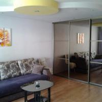 п.Домбай, двухкомнатная квартира ,2 этаж 4х этажного дома.