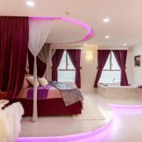 Apartments, Couple Nest 2 - Luxurious & Romantic Apartment