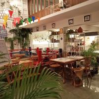 Hostels, Fun Cafe & Hostel Bangkok