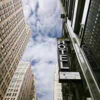 Manhattan Broadway Hotel