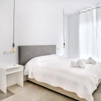 Modern apartment in Madrid's trendy Malasaña