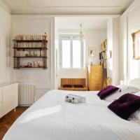 Stylish Vintage 3BR Apartment in Le Marais by GuestReady