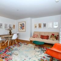 Chelsea 2 BR garden apartment in townhouse