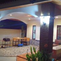 Wille, 2BR Villa near Laguna beach