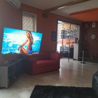 Apartments, Home Bar 26