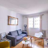 Cozy Flat in Bastille by GuestReady