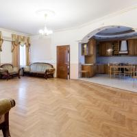 Big Nice apartment at Novoslobodskaya
