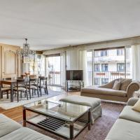 Beautiful large Flat 3 Bdr Near Champs Elysees