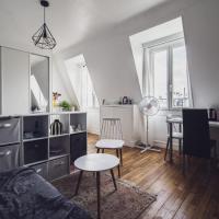 Superb bright studio near the Seine 16th