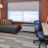 Holiday Inn Express & Suites - Brighton South - US 23