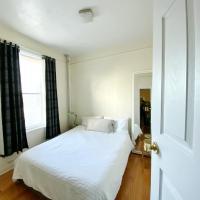 2 Bedrooms Entire Beautiful Apt in Williamsburg!