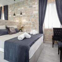 Bed and breakfasts, A Deluxe Rooms