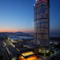 Hotels, Crowne Plaza Yantai Sea View