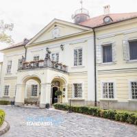 Hotels, Szidónia Castle