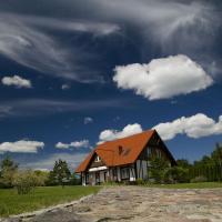 Domy wakacyjne, Dom nad jeziorem Bełdany