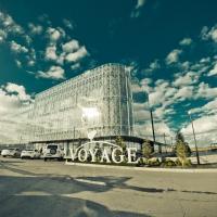 Hotels, Voyage Hotel