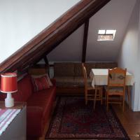 Podkrovní byt - Na Slovance