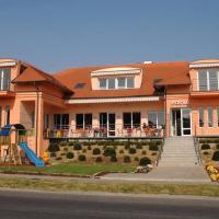 Guest houses, Sportház