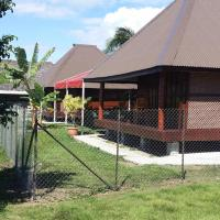 Holiday homes, Raiatea Airport Bungalow