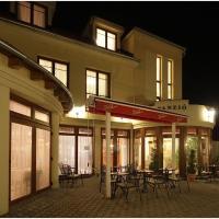 Hotels, Hotel Patonai