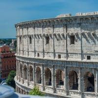 B&B Colosseum Corner