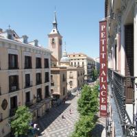 Petit Palace Arenal Sol