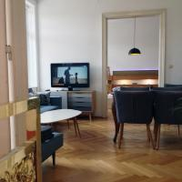 Big Vintage Style Flat Near Schönbrunn