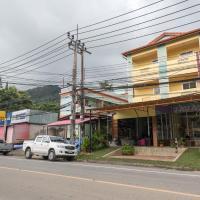 Pachumas Hotel