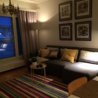 Arctic Boulevard Home 2